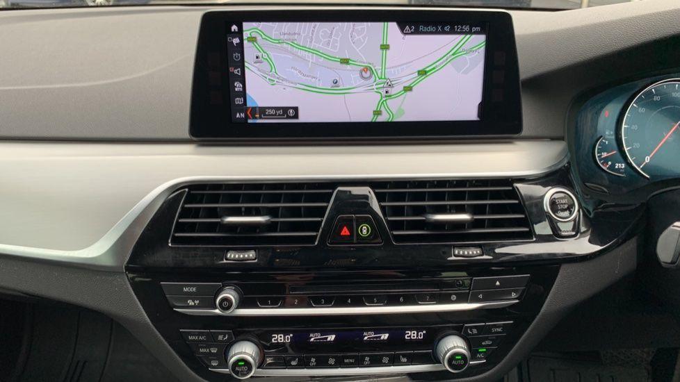 Image 7 - BMW 520d xDrive SE Touring (CY67FUD)