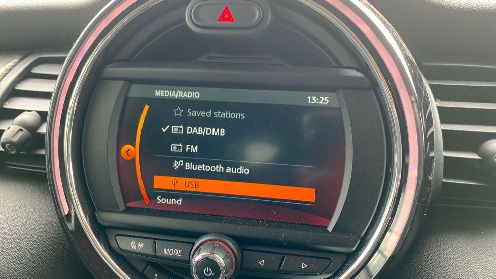 Image 18 - MINI Hatch (DK20JZR)