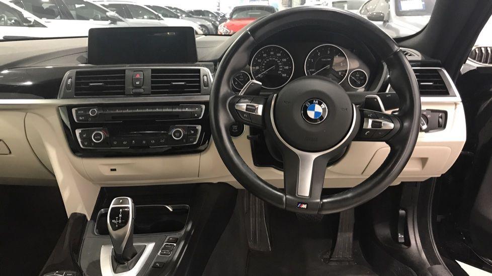 Image 8 - BMW 430d M Sport Coupe (YF67DLE)