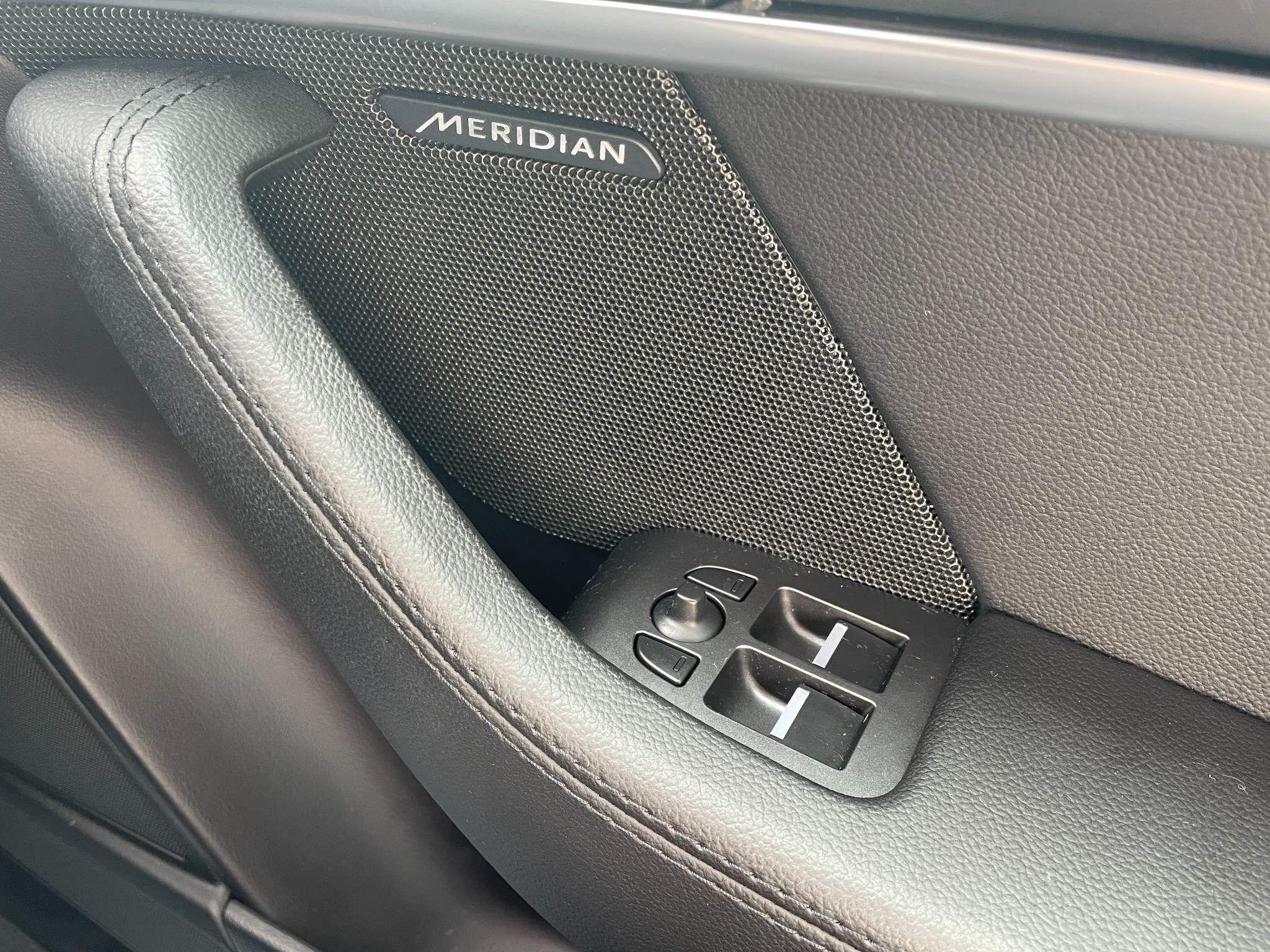 Jaguar F-Type Images