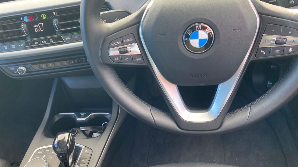 Image 18 - BMW 118i SE (CX20JXW)
