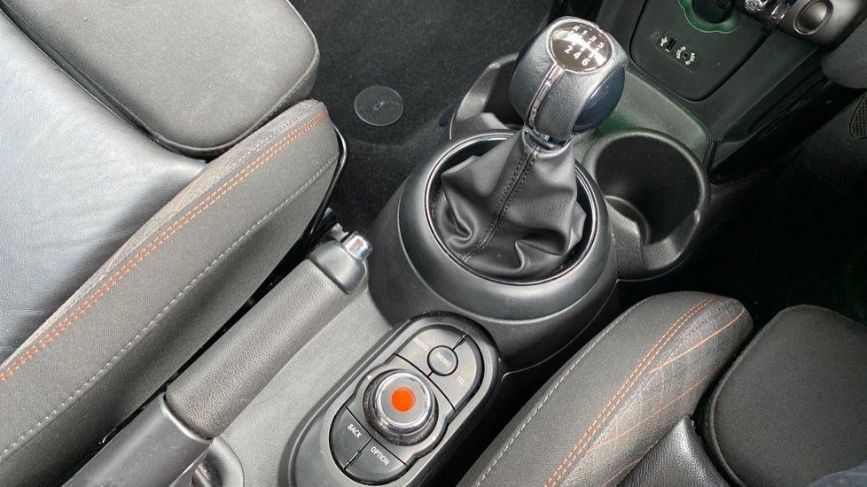 Image 10 - MINI Hatch (MF67SFX)