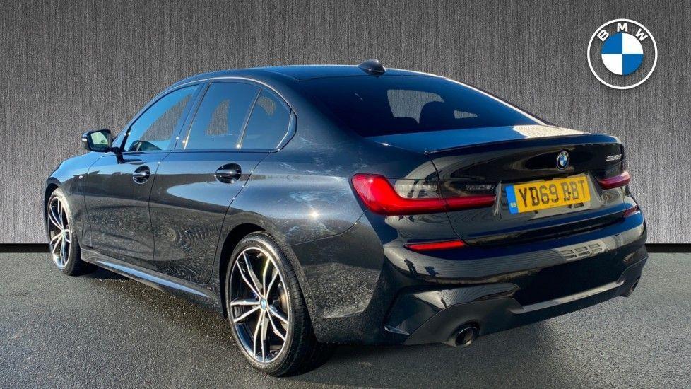 Image 2 - BMW 320d M Sport Saloon (YD69BBT)