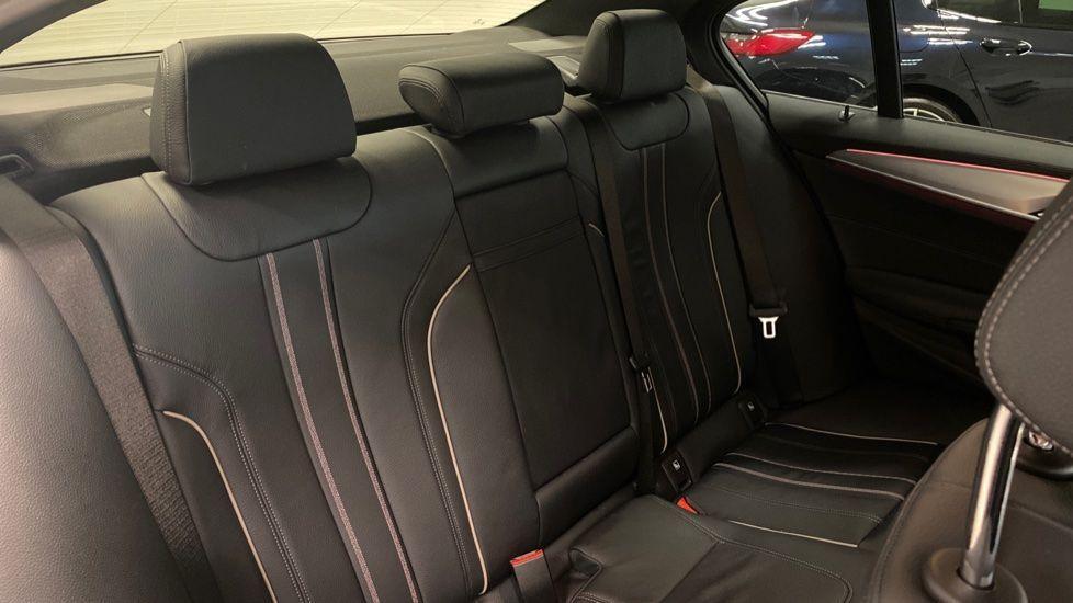 Image 12 - BMW 520i M Sport Saloon (YJ69VAC)