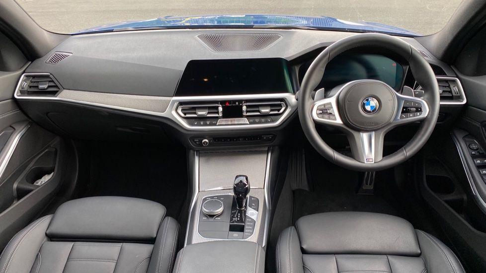 Image 4 - BMW 320d M Sport Saloon (YB69WNN)