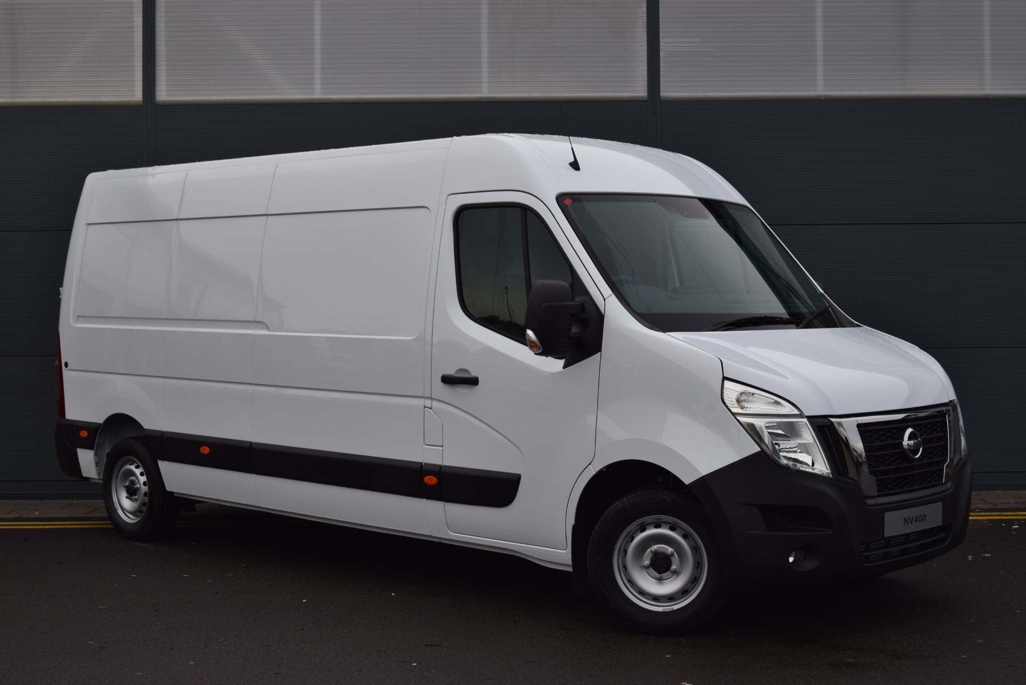 Nissan NV400 for sale