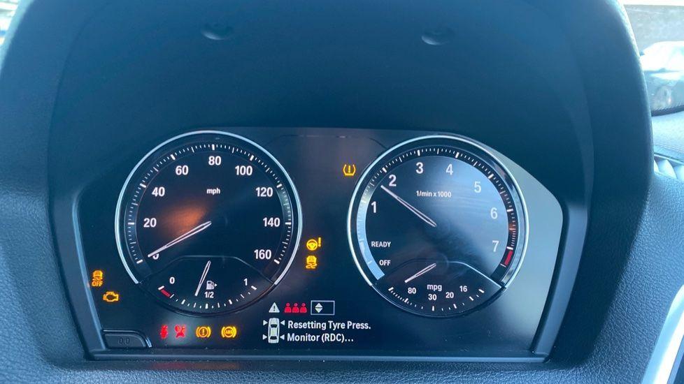Image 9 - BMW 118i Sport 5-door (ML68OLU)