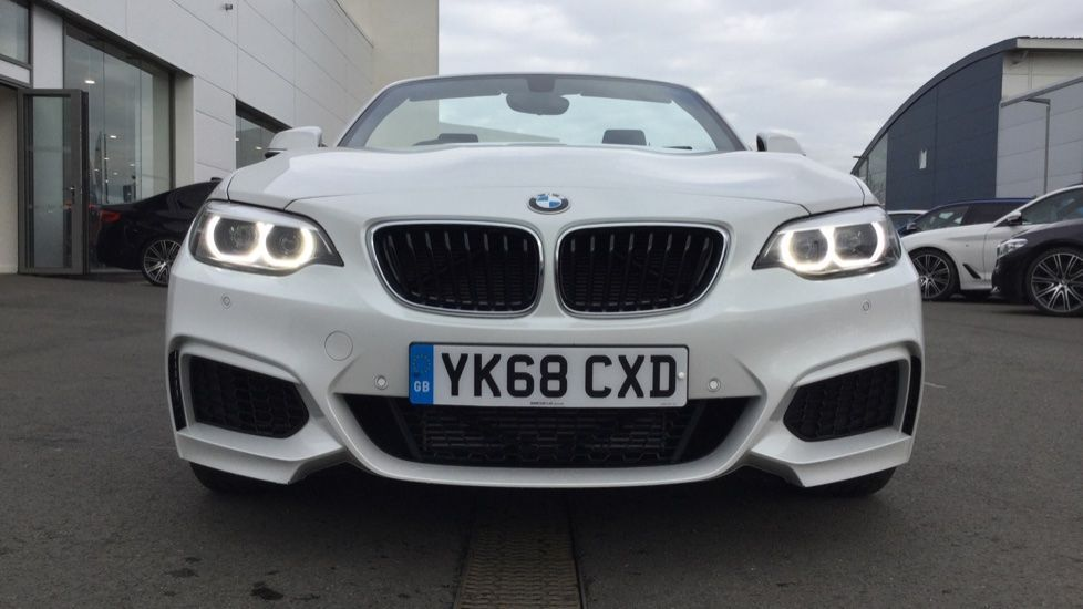 Image 4 - BMW 218i M Sport Convertible (YK68CXD)