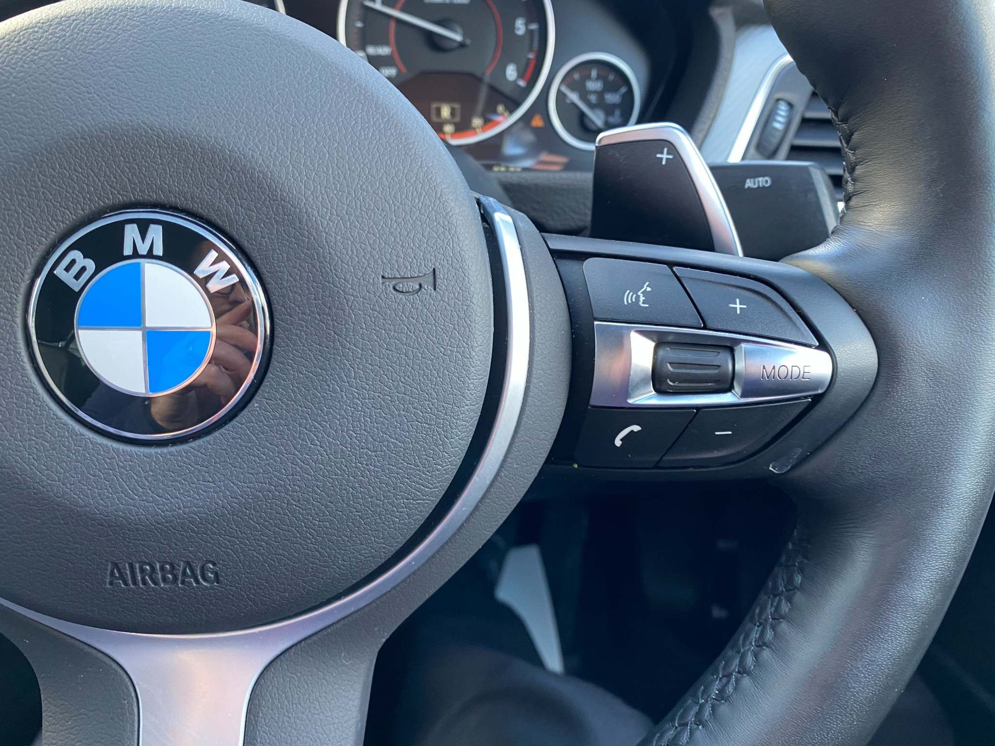 Image 9 - BMW 320d M Sport Shadow Edition Saloon (ML67ZKY)