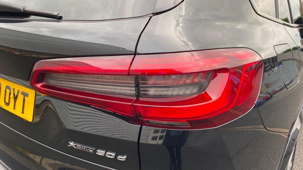 Image 22 - BMW xDrive30d M Sport (YG20OYT)