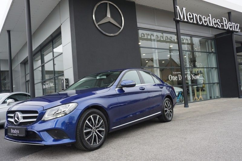 Mercedes-Benz C-Class C220 Automatic with Advantage Pack