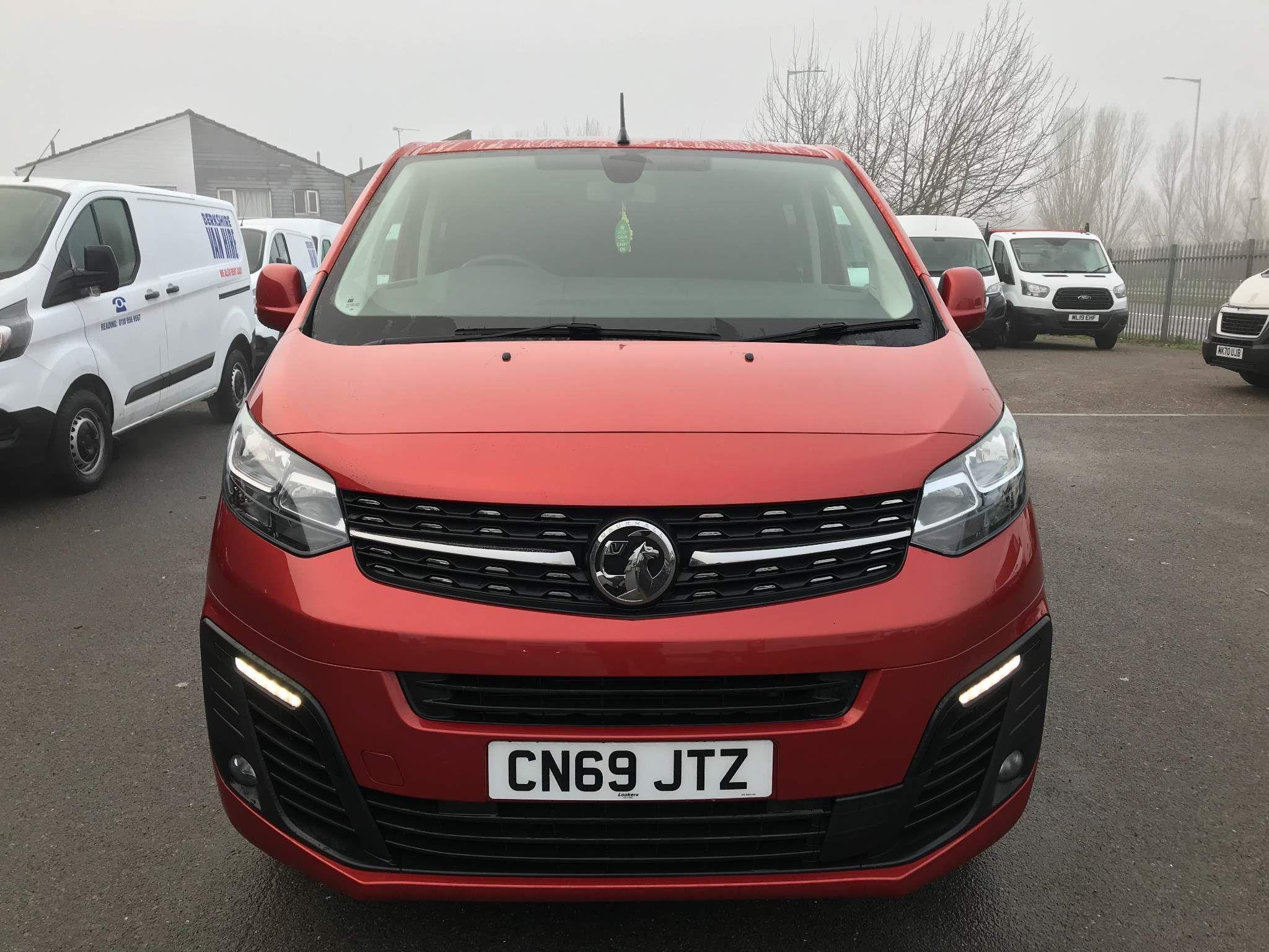 VauxhallVivaro 2.0 Turbo Crew VanCrew Van EU6 2 For Sale