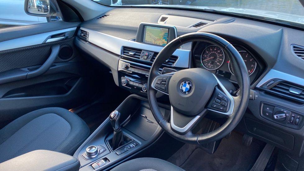 Image 6 - BMW sDrive18d SE (CX66WGJ)