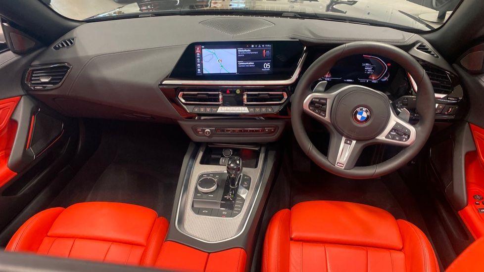 Image 4 - BMW sDrive20i M Sport (PJ20FPP)