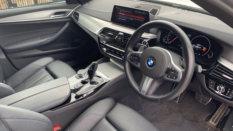Image 5 - BMW 520d xDrive M Sport Saloon (SE19ZXV)