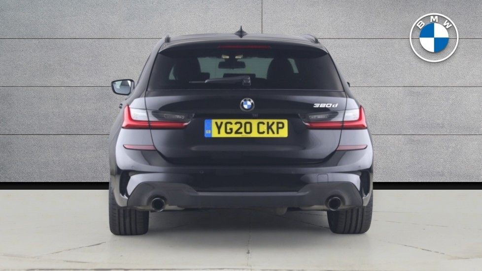 Image 15 - BMW 320d M Sport Touring (YG20CKP)