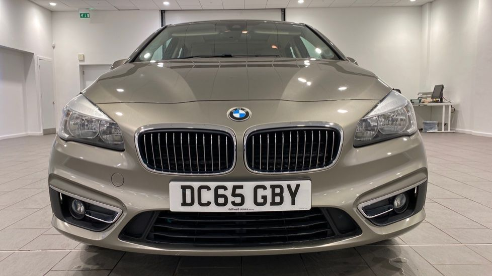 Image 16 - BMW 216d Luxury Active Tourer (DC65GBY)
