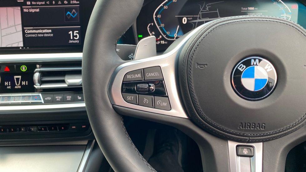 Image 17 - BMW 330e M Sport Touring (MA70HOH)