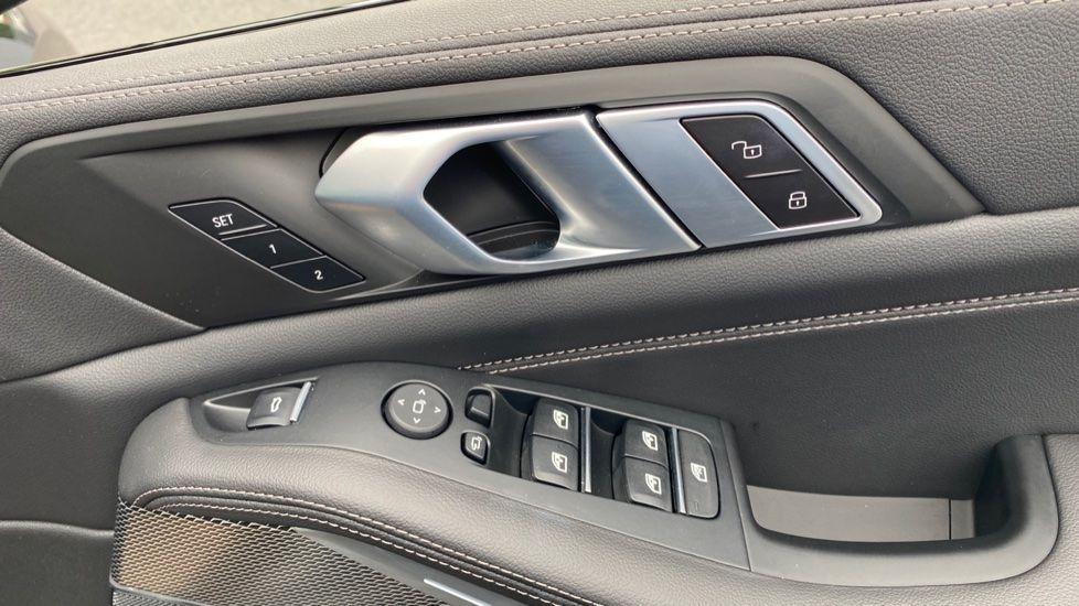 Image 20 - BMW xDrive30d M Sport (YG20OYT)