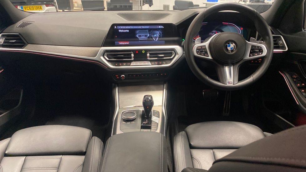Image 4 - BMW 320i M Sport Saloon (YG20LFU)