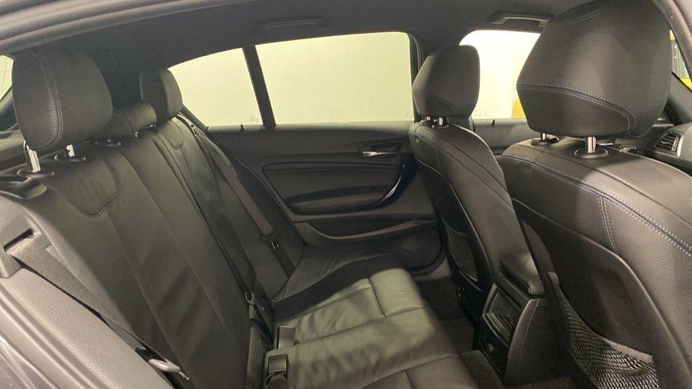 Image 12 - BMW 118i M Sport Shadow Edition 5-door (YD68PPY)