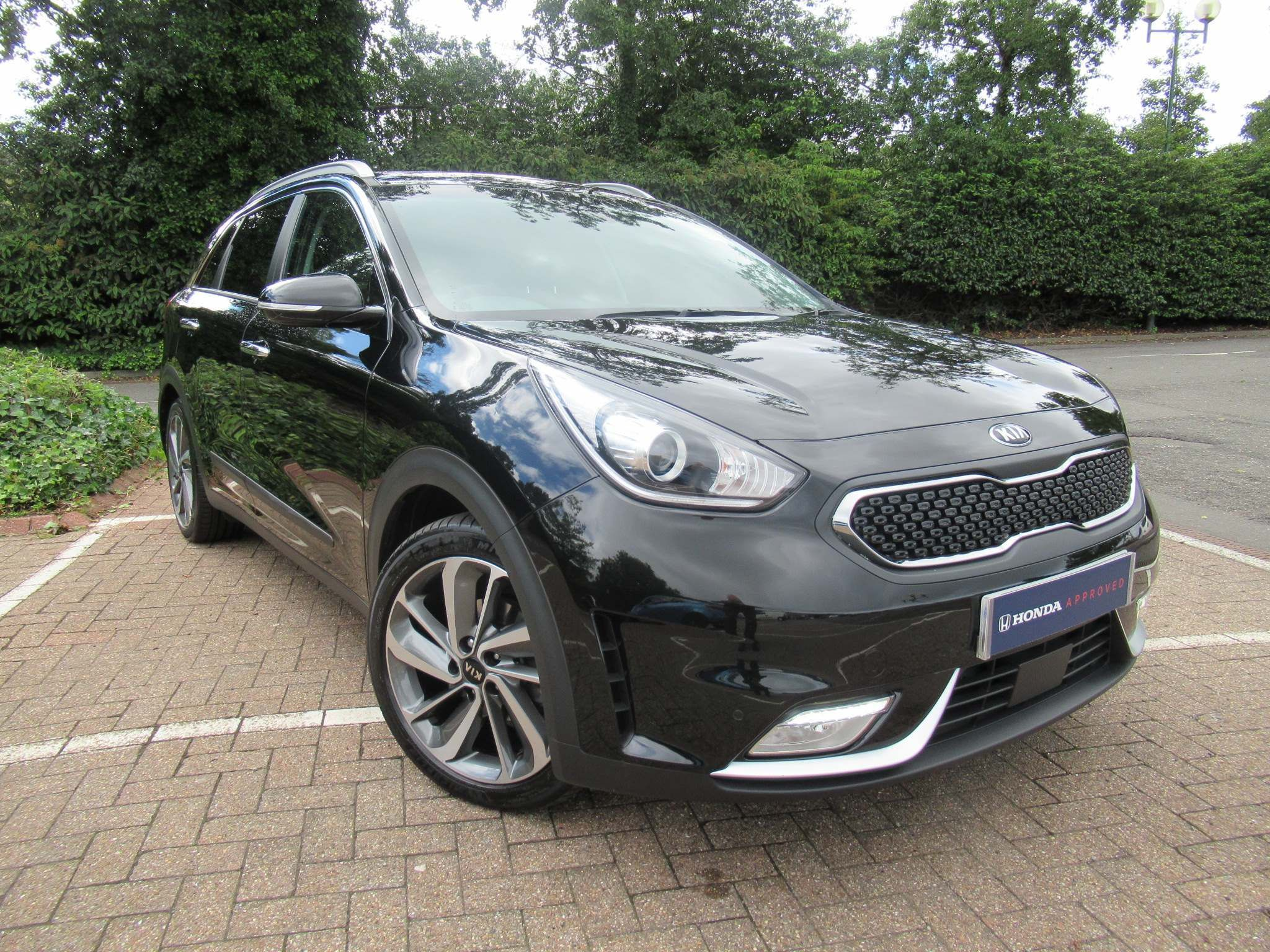 Kia Niro 1.6h GDi First Edition DCT (s/s) 5dr