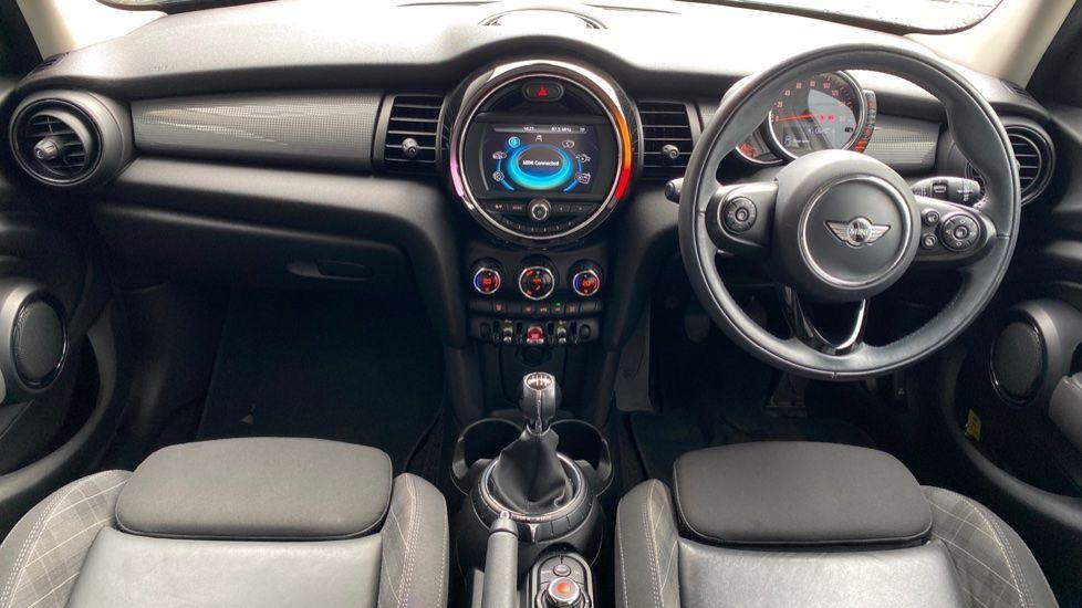 Image 4 - MINI Hatch (MM66RFX)