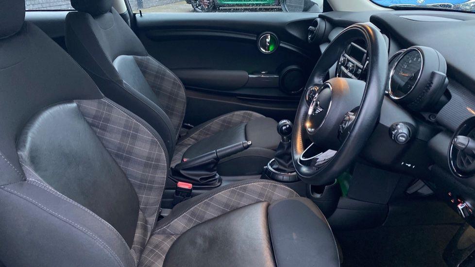 Image 11 - MINI Hatch (WD16VGX)