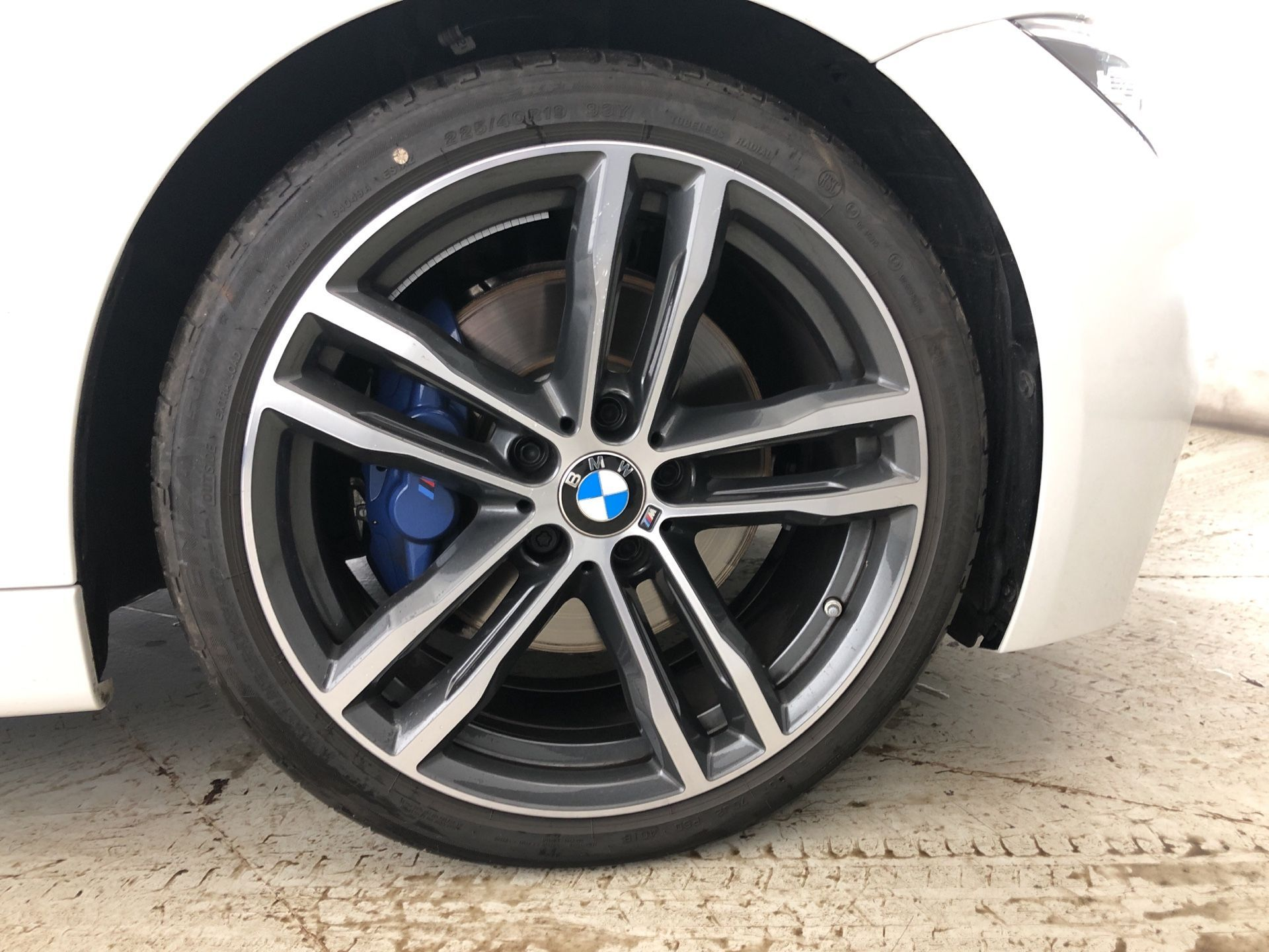Image 7 - BMW 320d M Sport Shadow Edition Touring (YE19FXL)