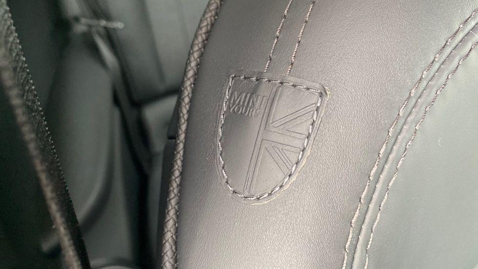 Image 30 - MINI Hatch (DK20JZR)