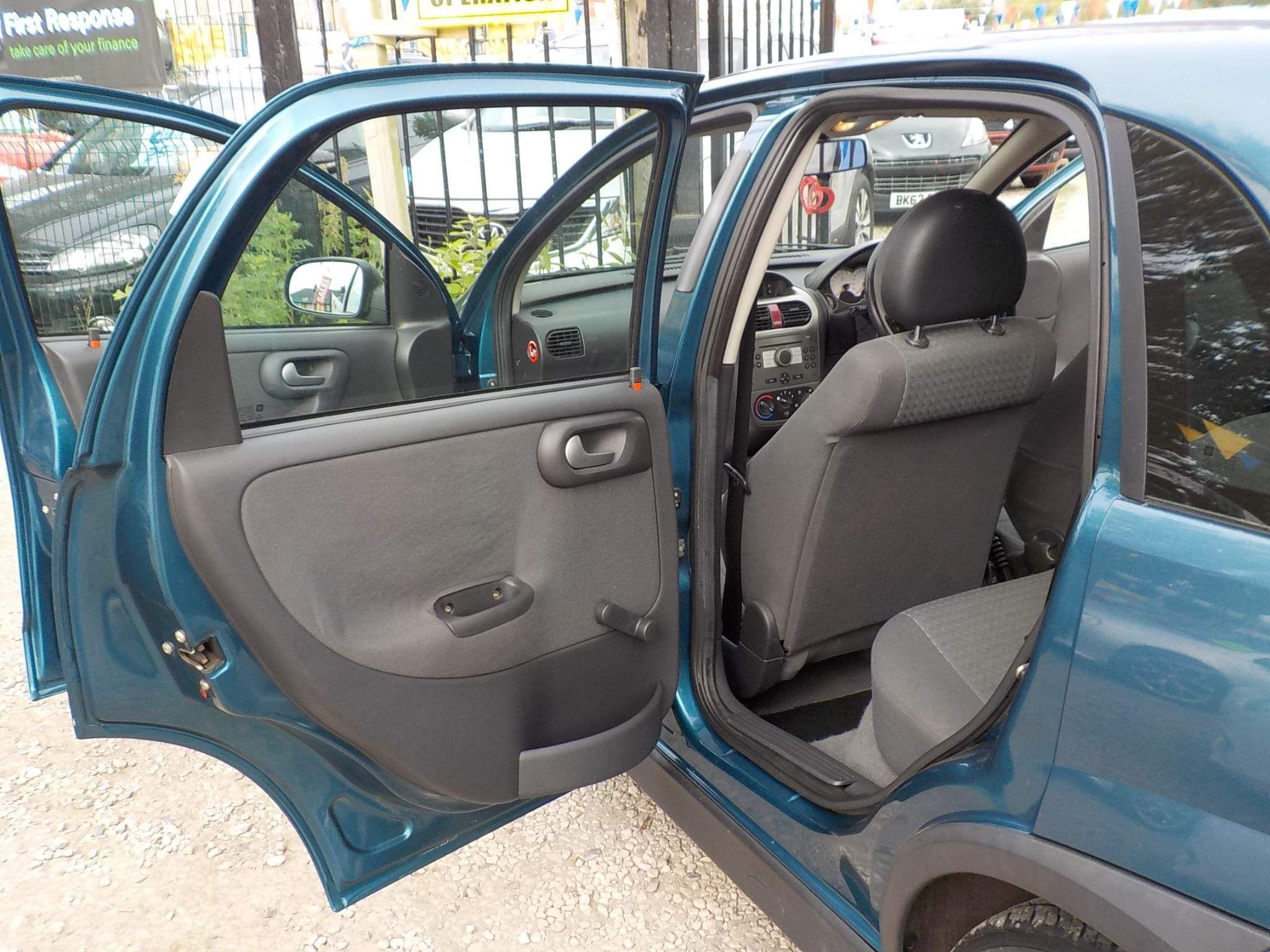 Vauxhall Corsa 1.2 i 16v SXi 5dr