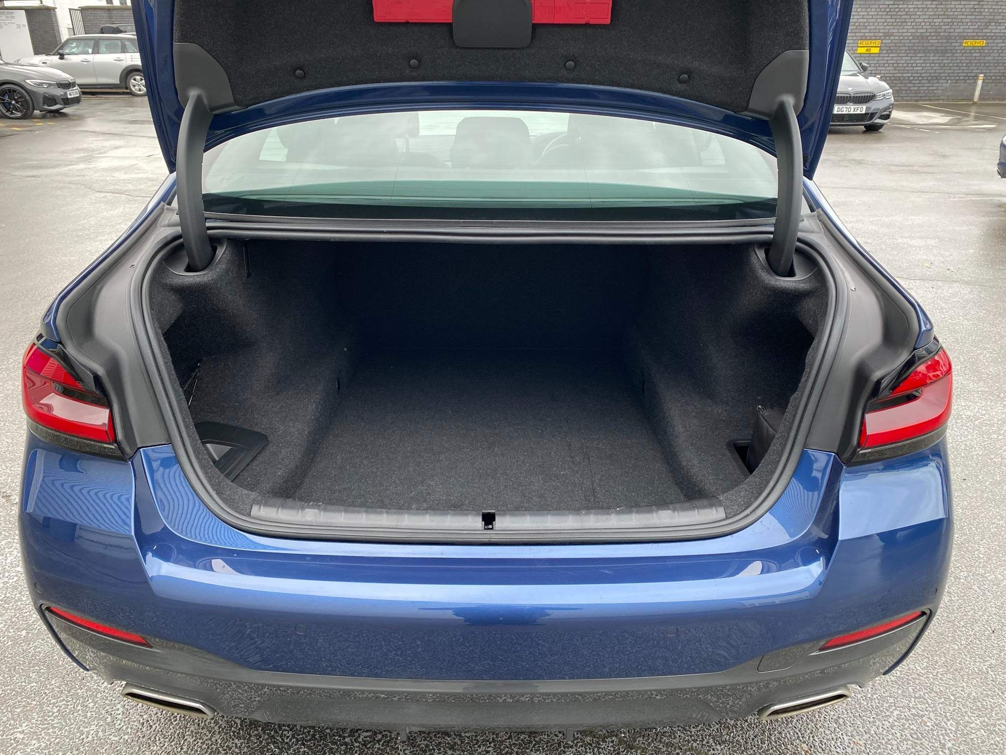 Image 8 - BMW 530d xDrive M Sport Saloon (MV70CGK)