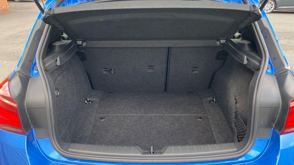 Image 13 - BMW M140i Shadow Edition 5-door (ME19OLM)