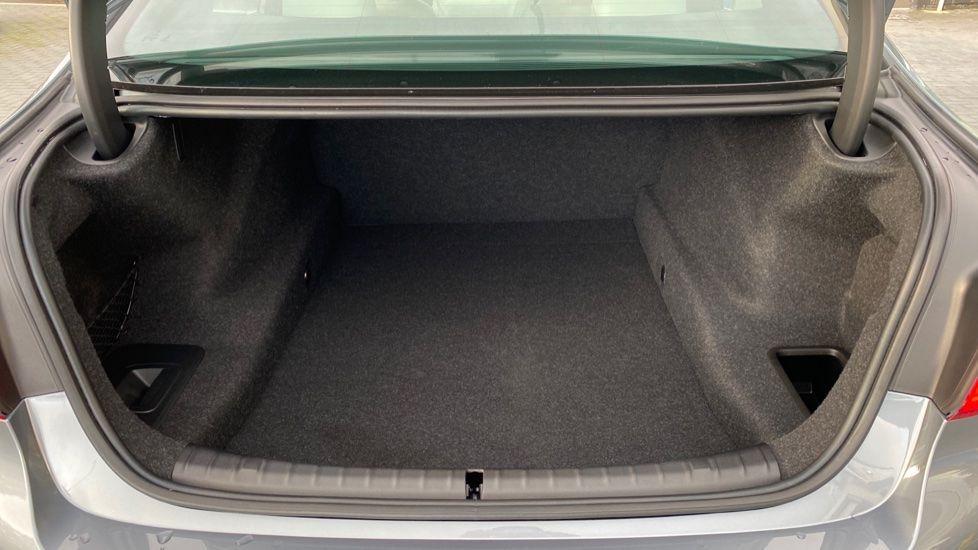 Image 13 - BMW 530d M Sport Saloon (CX20YMU)