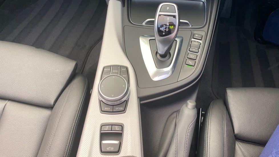Image 14 - BMW 435d xDrive M Sport Convertible (CX20VWF)