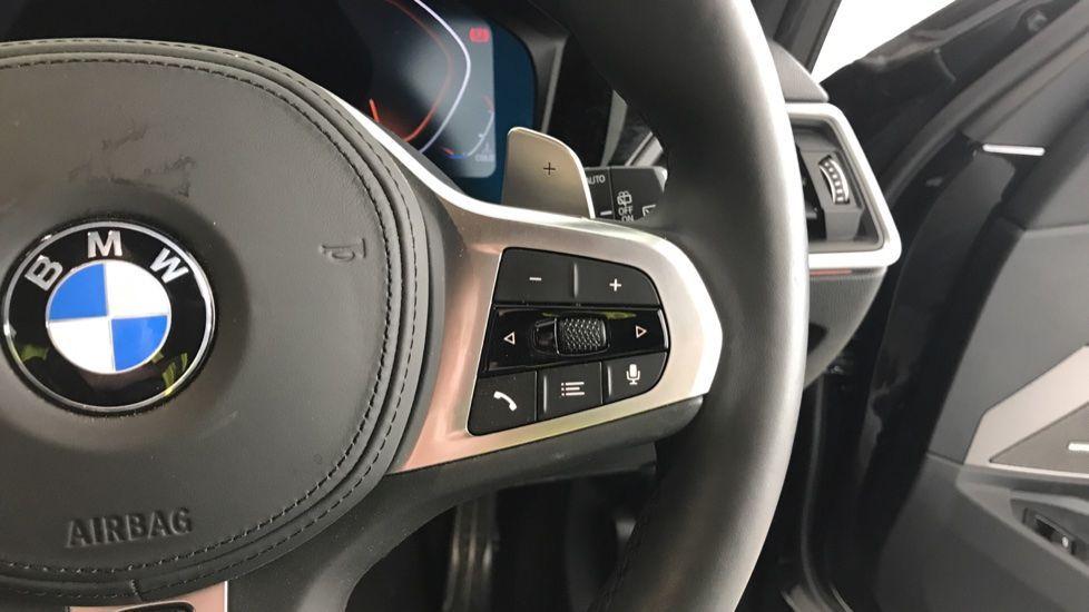 Image 18 - BMW 320d M Sport Touring (YG20CKP)