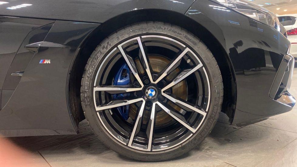 Image 14 - BMW sDrive20i M Sport (PJ20FPP)