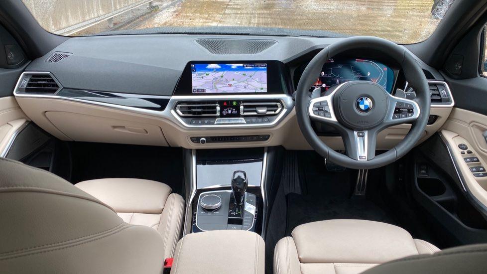 Image 4 - BMW 320d M Sport Pro Edition Saloon (MA20HPF)