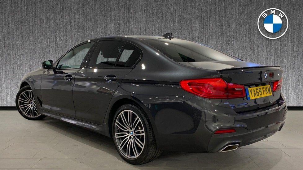 Image 2 - BMW 520d M Sport Saloon (YA69FKW)