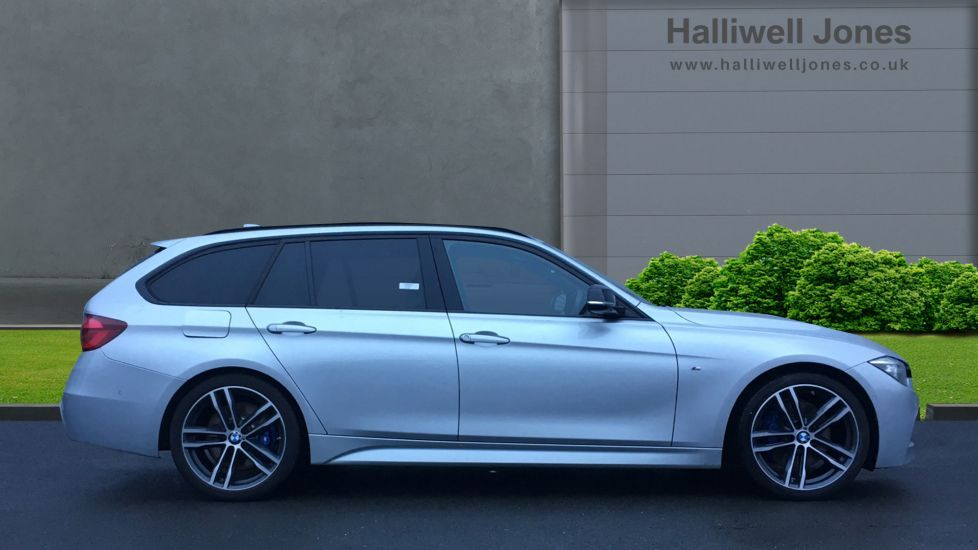 Image 3 - BMW 320d M Sport Shadow Edition Touring (YE19BKD)