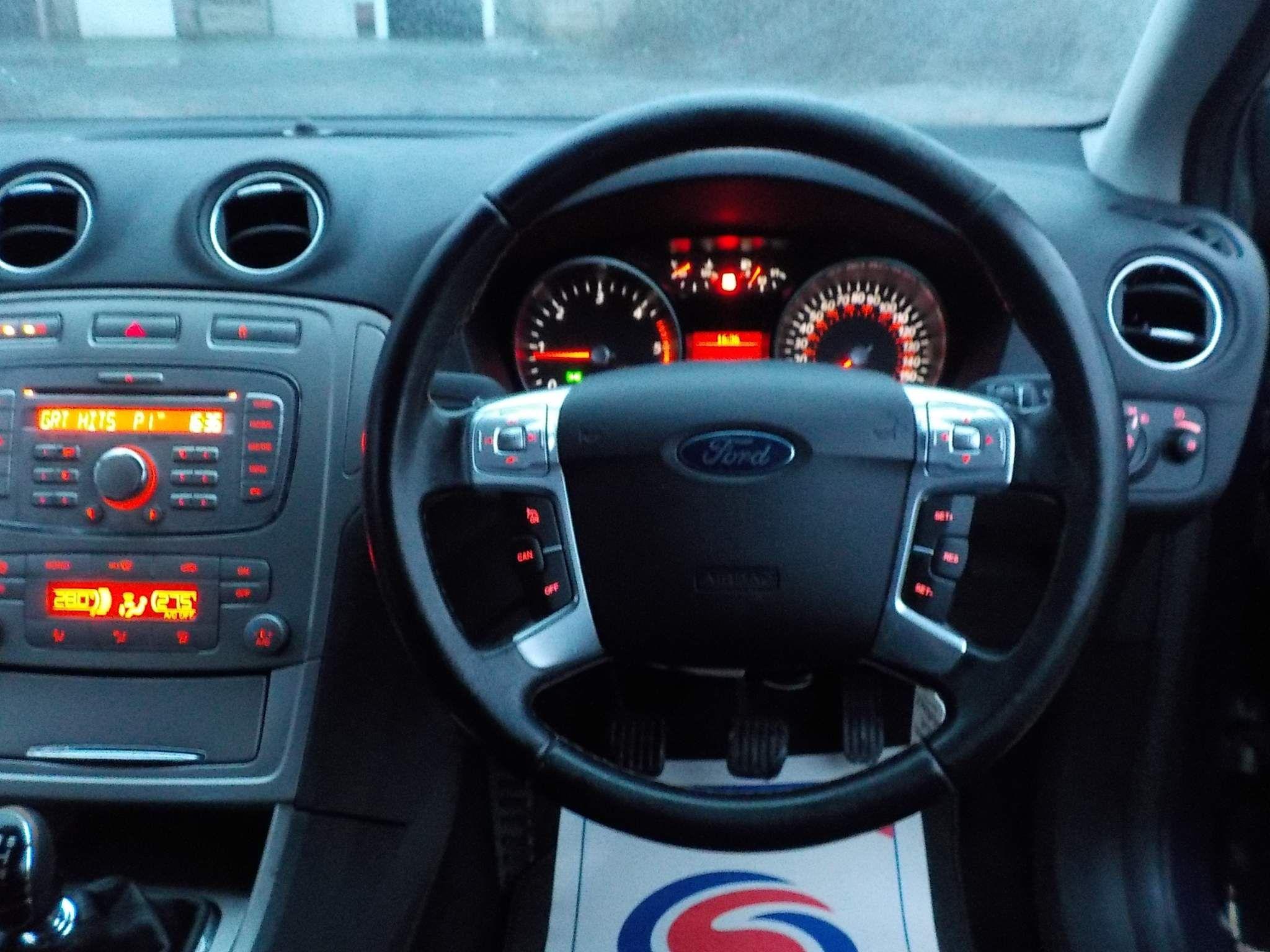 Ford Mondeo 2.0 TDCi Zetec 5dr
