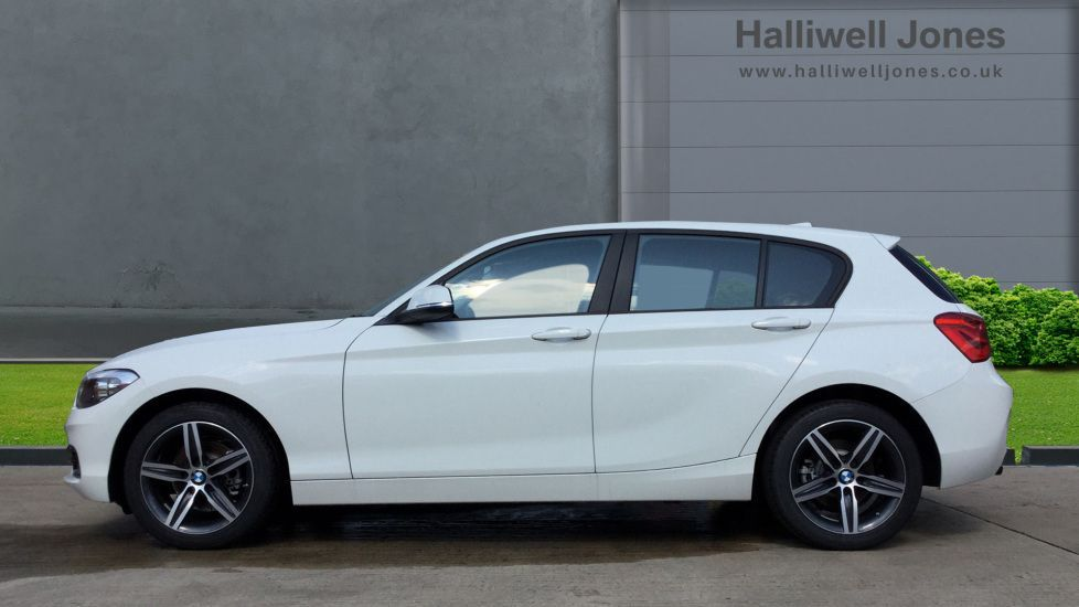 Image 3 - BMW 118d Sport 5-door (MP19DSU)