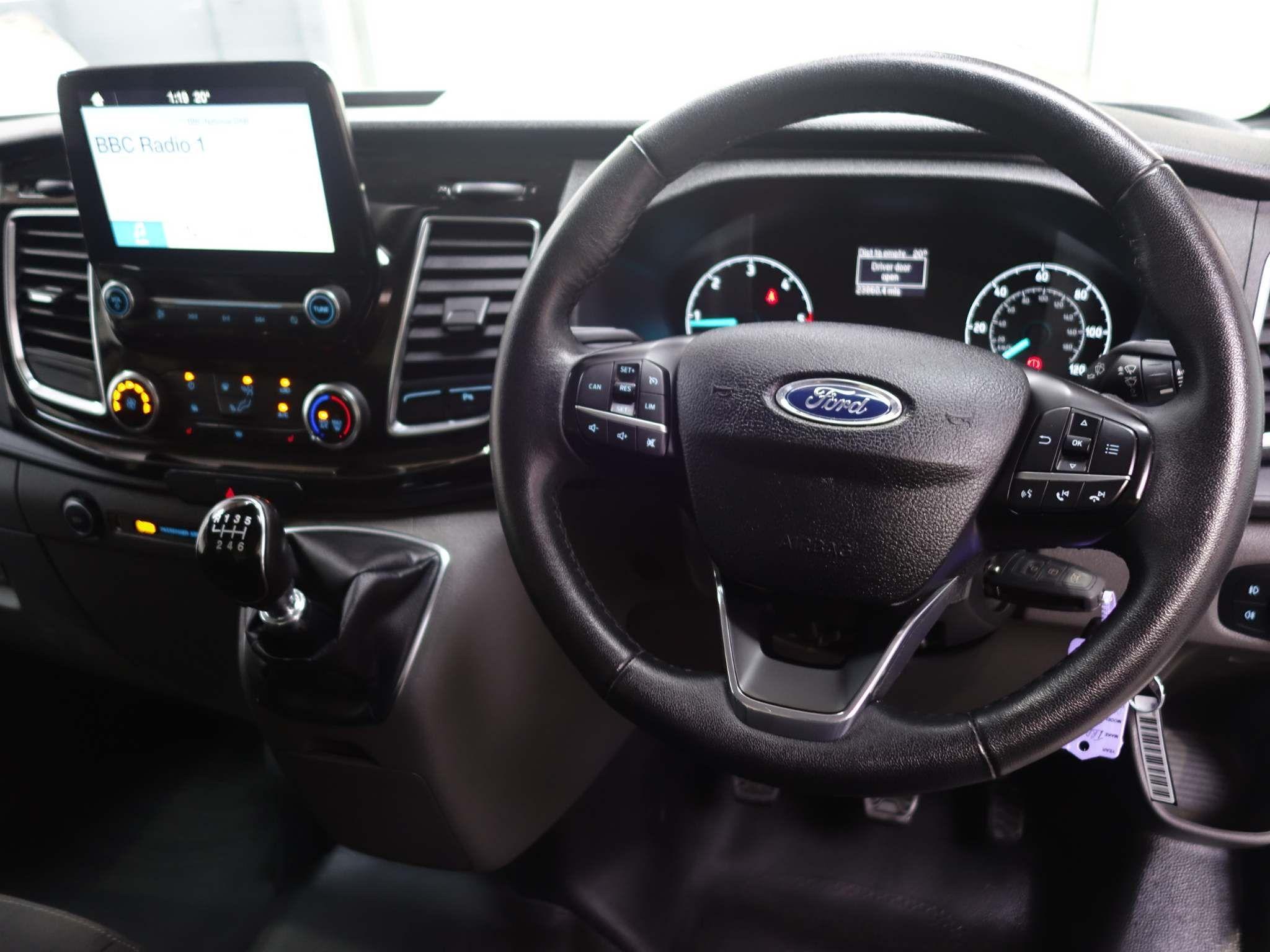 Ford Transit Custom 2.0 300 EcoBlue Limited L1 H1 EU6 5dr – WN19SVU
