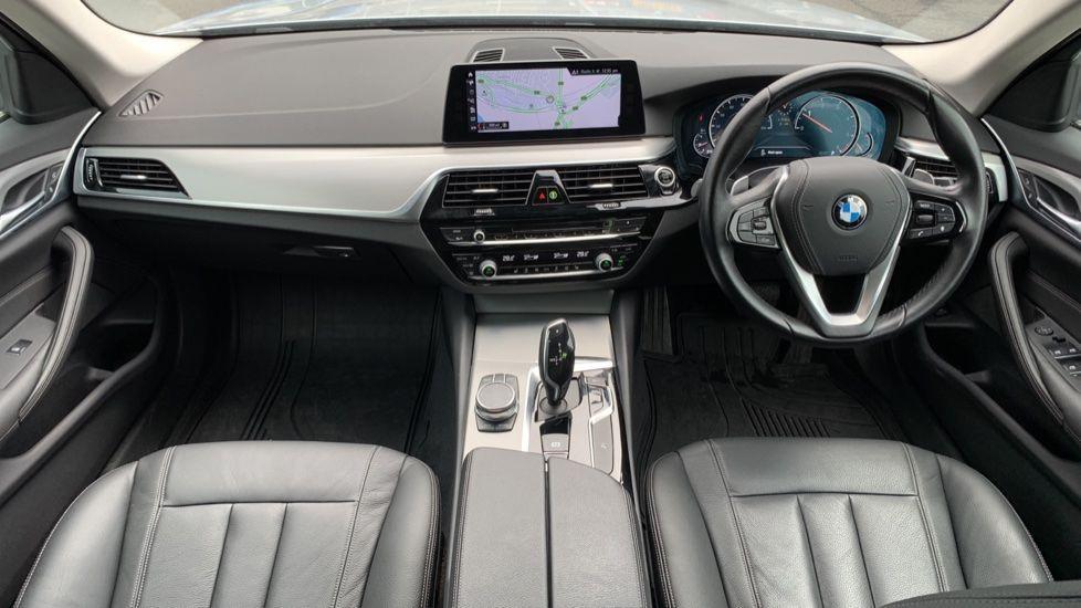 Image 4 - BMW 520d xDrive SE Touring (CY67FUD)