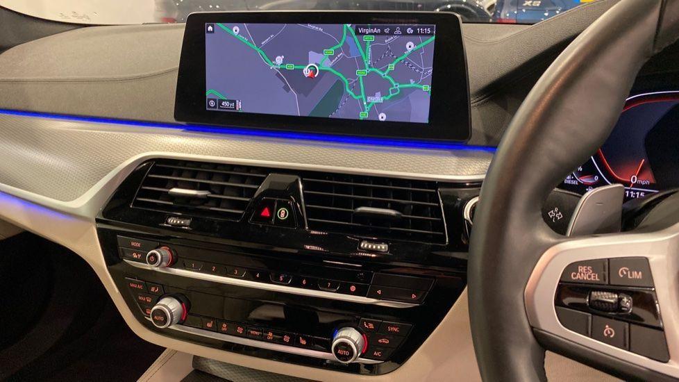 Image 5 - BMW 520d M Sport Touring (YB69DWD)