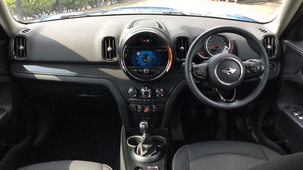 Image 4 - MINI Countryman (CX67RKV)