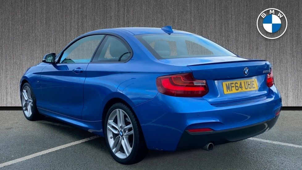 Thumbnail - 2 - BMW 220i M Sport Coupe (MF64UUE)