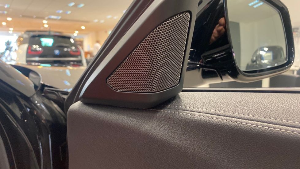 Image 19 - BMW sDrive20i M Sport (PJ20FPP)