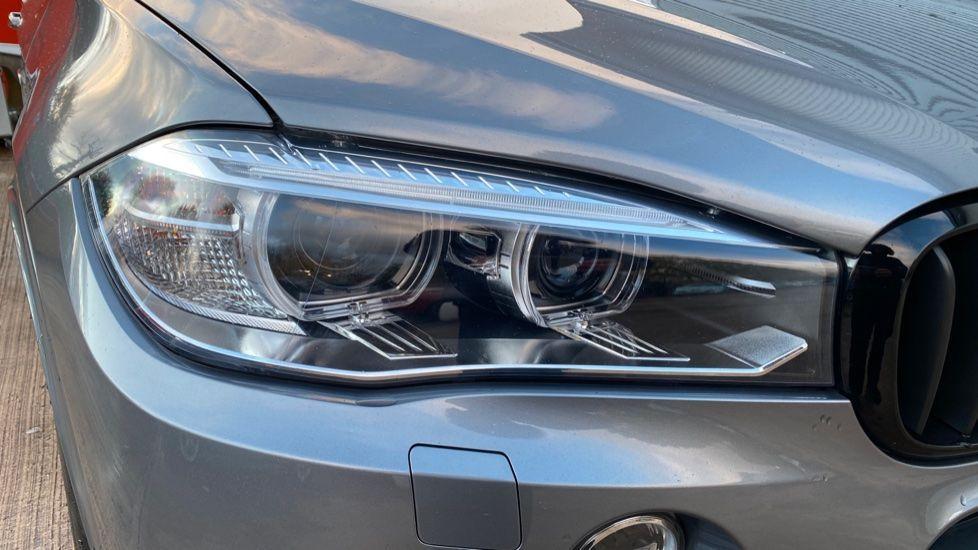 Image 22 - BMW M50d (MA18HPX)