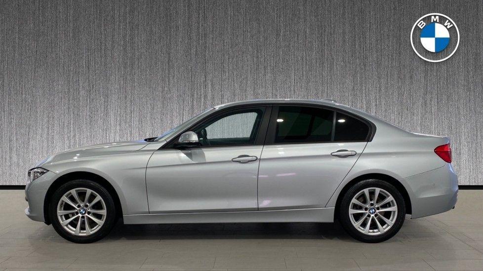 Image 3 - BMW 318d SE Saloon (YK68EZH)